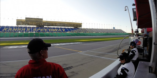 Doran Racing Hopes to Bring Nissan Home First At Kansas Speedway Saturday Night